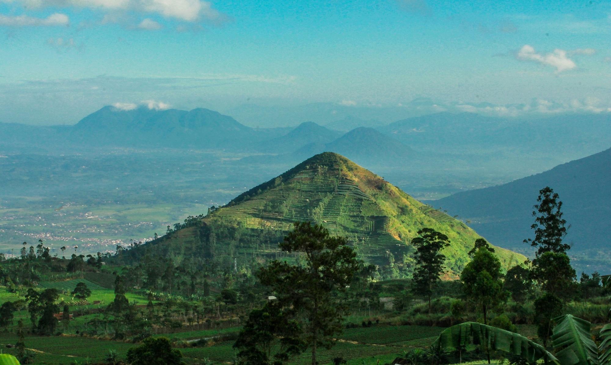 Lanskap Gunung Sadahurip