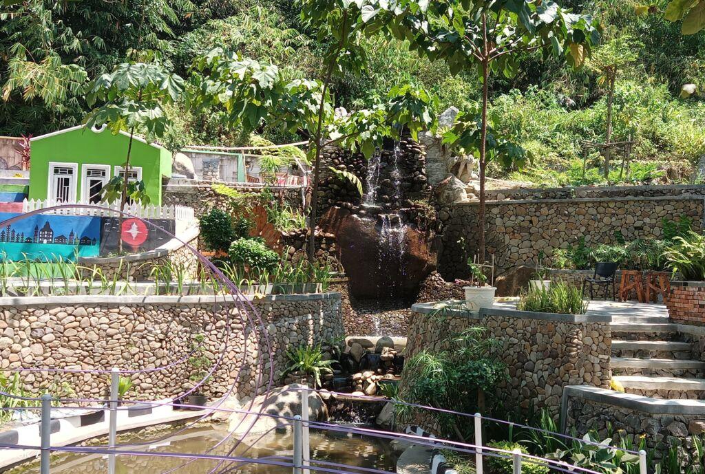 Taman Curug Picung
