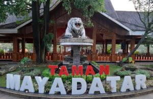 Taman Maya Datar